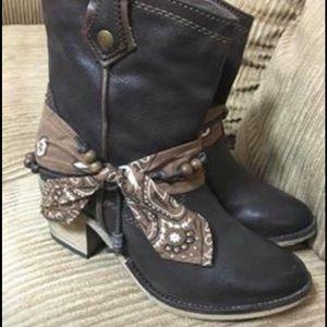 ALDO Super Cute! Booties Boots Size 6.5